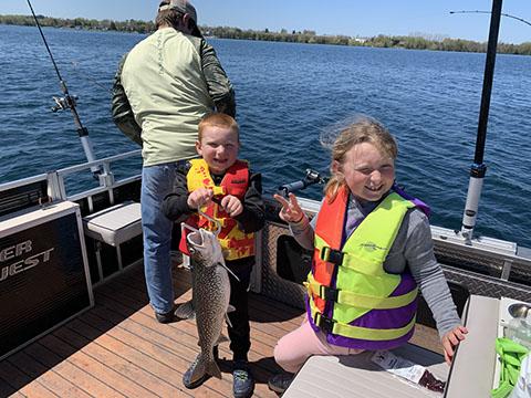 Northern michigan ice fishing for Michigan ice fishing
